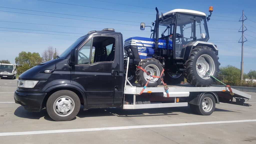 transport-tractor-panagrotech
